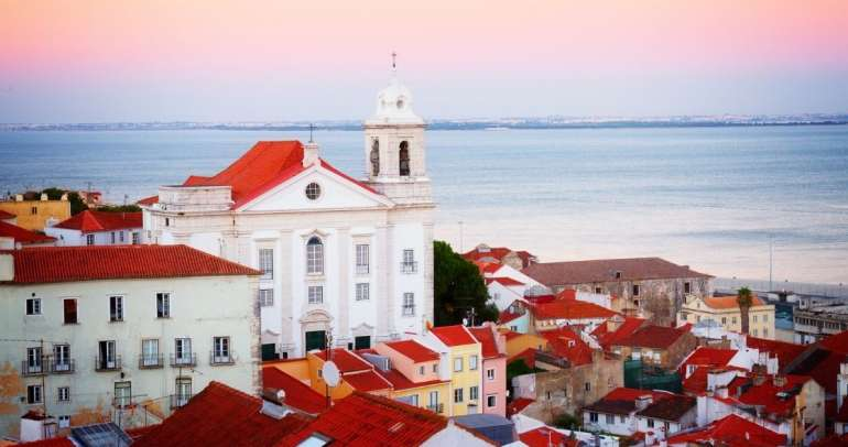 Important difference between Portugal D7 visa and Golden visa